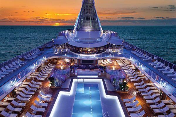 7 cruceros de lujo para navegar por el mundo